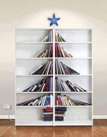books-xmas-tree-2