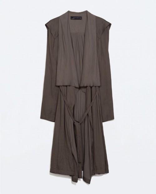 Καπαρντίνα χωρίς φόδρα Zara (59,95€)