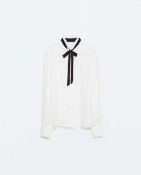 Μεταξωτό πουκάμισο με φιόγκο Zara (59,95€)