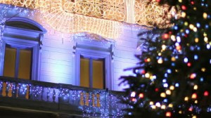 stock-footage-christmas-in-rome-christmas-tree