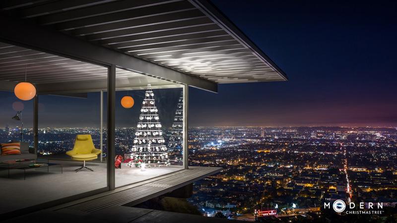stahl_christmas_tree_031115_01