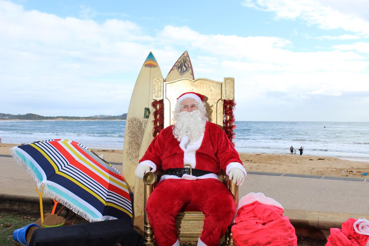 summer-santa-claus-1