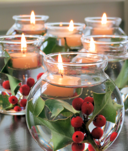 holly-and-berry-christmas-candles